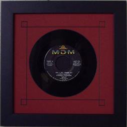 45 Single  Vinyl-Record Frame Featuring Red Mat Design and S